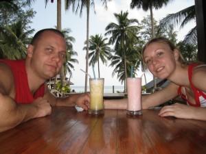 Ananasovy a jahodovy shake